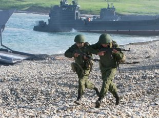 rian_archive_711423_vostok_2010_strategic_exercise_in_vladivostok